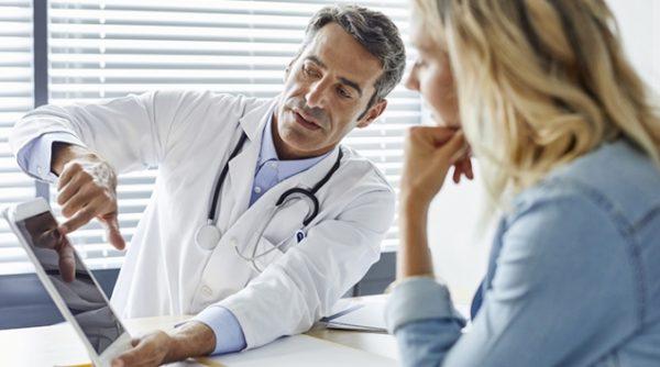 The doctor will examine the abdomen to diagnose appendicitis.